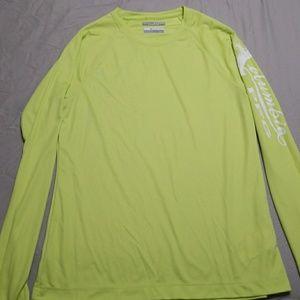 Columbia PFG shirt size M